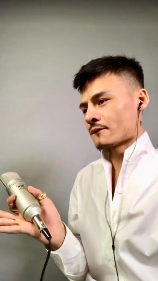 Micro thu âm ISK AT100 Hoa Vinh hátcó phải là micro cao cấp?