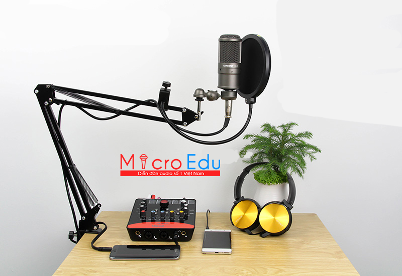 Micro thu âm Takstar SM-8B âm thanh hoàn hảo đầy cạnh tranh