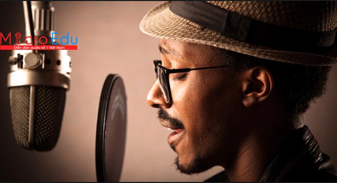 Màng lọc âm Pop filter có làm góc thu âm chuyên nghiệp hơn?