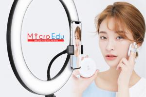 Đèn livestream hỗ trợ bán hàng, chụp hình make up THẦN THÁNH